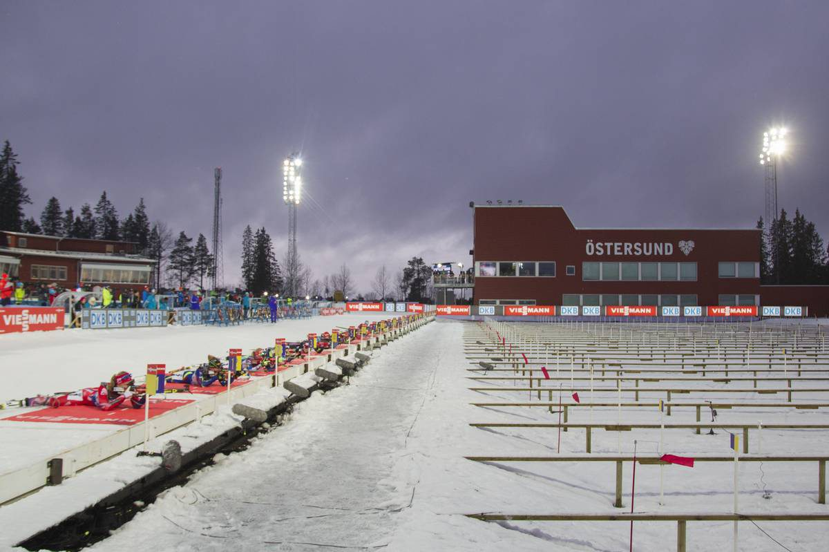29.11.2015, Oestersund, Sweden (SWE): Event Feature: first shooting of the single mixed relay - IBU world cup biathlon, single mixed relay, Oestersund (SWE). www.nordicfocus.com. © Manzoni/NordicFocus. Every downloaded picture is fee-liable.